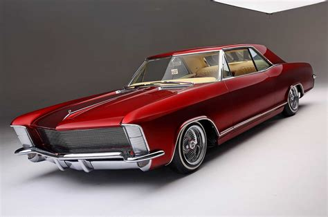 GMC Car : Top Notch Customs Builds A Clean '65 Buick Riviera