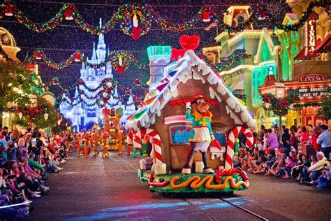 mickeys  merry christmas party  tips