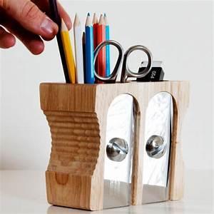 Pot A Crayon : pot crayons taille crayon double cadeau maestro ~ Teatrodelosmanantiales.com Idées de Décoration