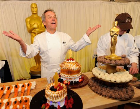 oscar cuisine chef wolfgang puck cooking up annual post oscars feast 2010 academy awards zimbio