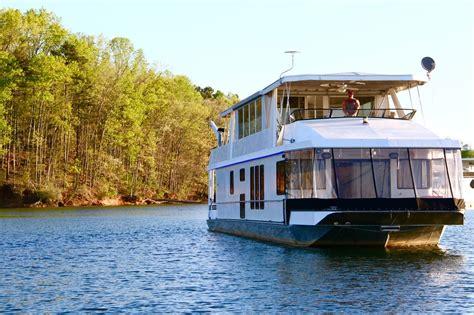 Yacht Boat Rental by Lake Lanier Boat Rentals