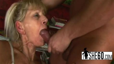 Delicious Cunt Pounded From Behind Porn Videos