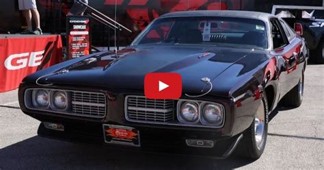 stunning  dodge charger custom muscle car hot cars
