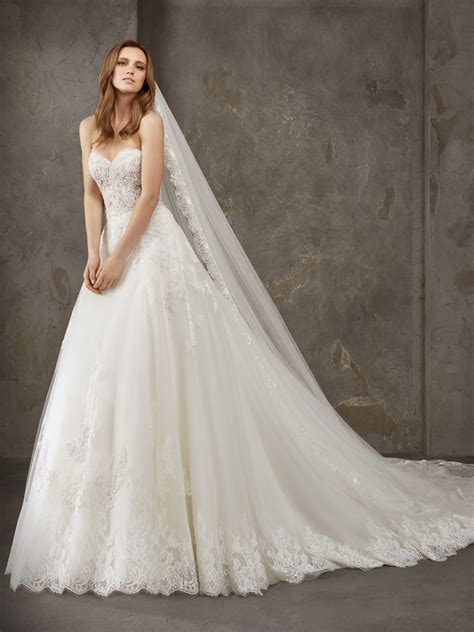 Wedding Dresses by Princess Wedding Dresses Bridal Gowns Privee