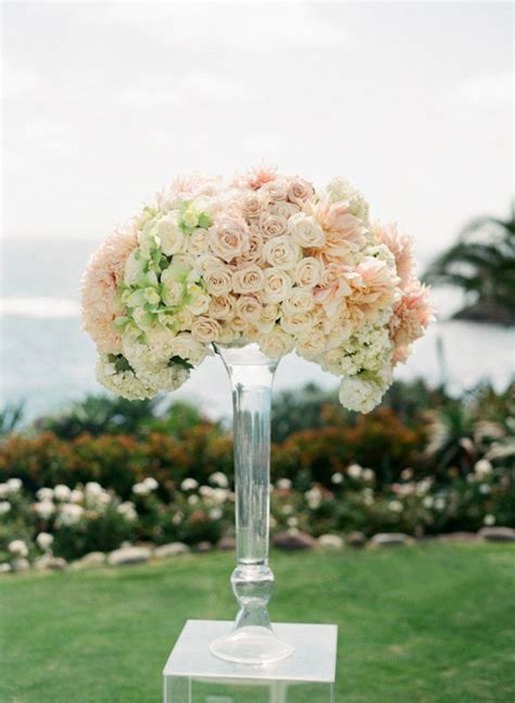 steal worthy flower arrangements   wedding