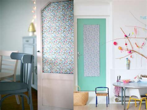 6 idées pour décorer une porte joli place