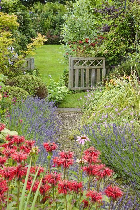 Backyard Garden Florist by 1000 Images About Backyard Garden Ideas On