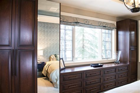 Bedroom Bridging Cabinets by Custom Bedroom Closet Cabinetry Villareal Rasmussen
