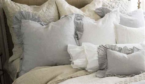 Shabby Chic Cottage Bedding Shabby Chic Bedding Style Notes The Shabby Chic Guru