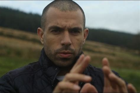 tom cullen downton abbey actor tom cullen on downton abbey dancing and being the