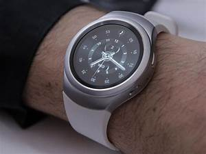 Montre Gear S2 : la montre samsung gear s2 bient t compatible ios cnet france ~ Preciouscoupons.com Idées de Décoration