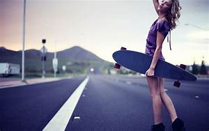 Girl Skateboard Wallpaper - WallpaperSafari