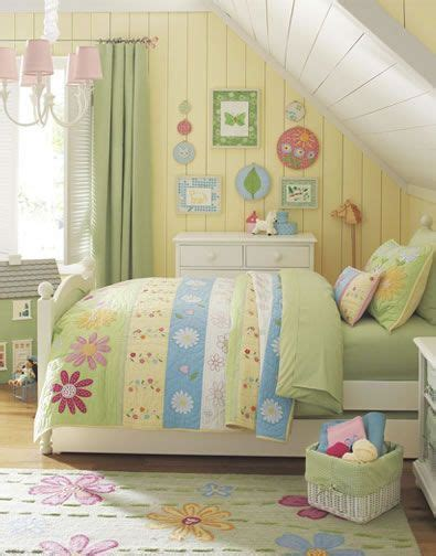 ideas   girls room girls flower bedroom pottery
