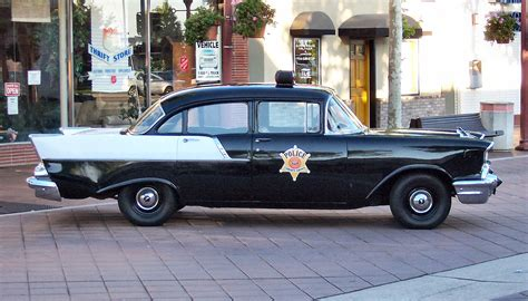File:1955 Chevrolet police car   Wikimedia Commons