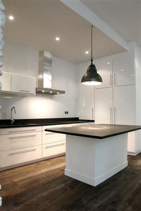 cuisine ouverte avec ilot table cuisine ouverte avec îlot central 2design architecture