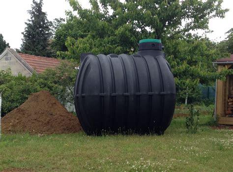 recuperer l eau de pluie pour les toilettes maison 233 cologique installation d une cuve enterr 233 e de r 233 cup 233 ration d eau de pluie