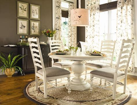 paula deen  universal home  dining table