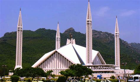 Faisal Mosque Hd Pics by Faisal Mosque Attracts Visitors From All Country