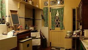 The 1940s House: The Kitchen - YouTube