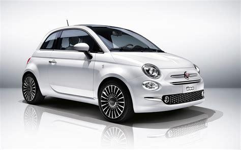 2016 Fiat 500 Wallpaper