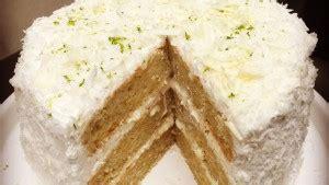 gateau d anniversaire herve cuisine recette du layer cake coco citron vert hervecuisine com