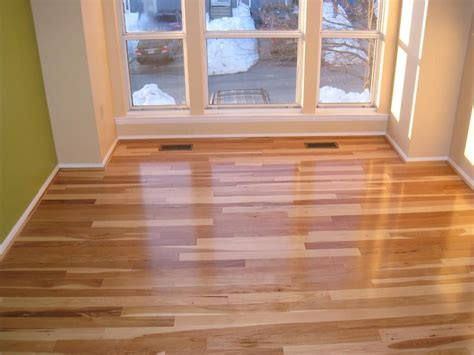 hickory floor  lumber liquidators leading