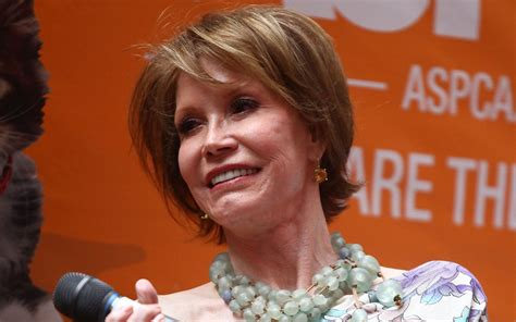 mary tyler moore dead    quotes  remember actress