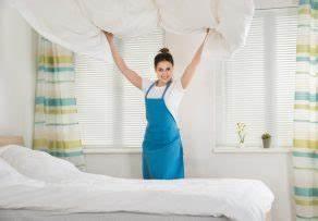 Kühlschrank Geruch Entfernen : kaltschaummatratze geruch entfernen in 3 schritten ~ Frokenaadalensverden.com Haus und Dekorationen