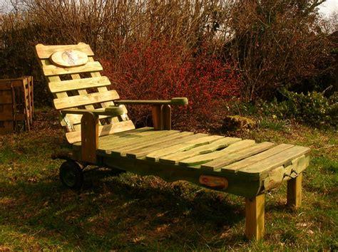 chaise palette chaise en bois de palette free with chaise en bois de