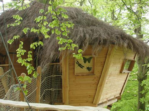 chambre dans les arbres les cabanes du clos masure les cabanes du clos masure