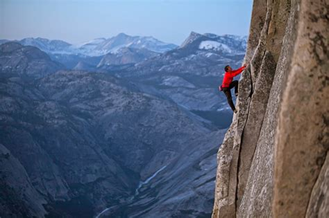 Extreme Rock Climber Alex Honnold Tackles Cliff Faces