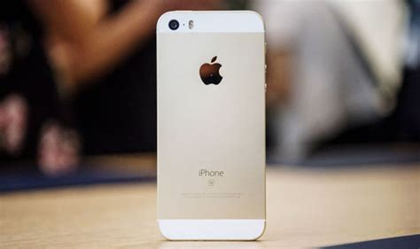 iphone se uk price apples cheapest iphone isnt