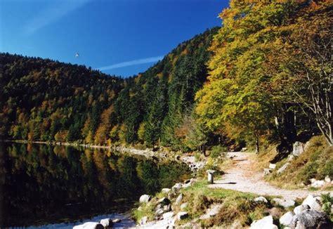 le lac des corbeaux la bresse office du tourisme la