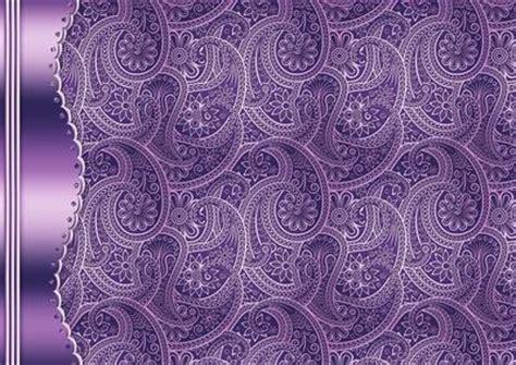 purple embossed paisley  metallic border cup