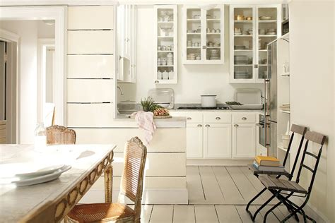 benjamin moore white cabinets benjamin moore 2016 color of the year is simply white 300 | benjamin moore color of the year 01
