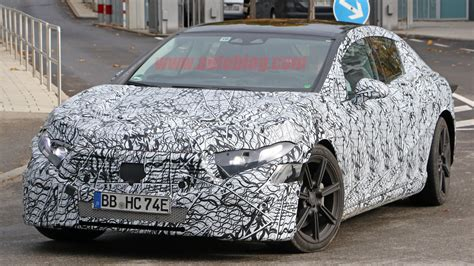 It is part of the eq family, a range that will expand to include 10 new models by 2022. Mercedes-Benz EQS electric sedan interior spied | Autoblog