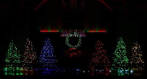11 best christmas light displays in cleveland 2016