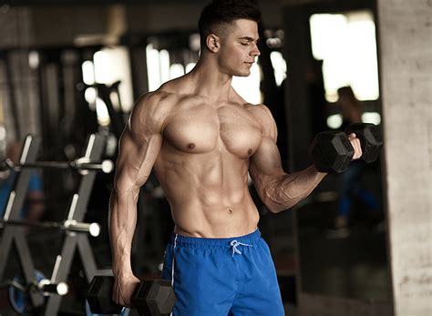 The Best Dumbbell Exercises For The Lats | The Fitness Tribe