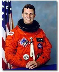 Payload Specialist Astronaut Bio: Drew Gaffney