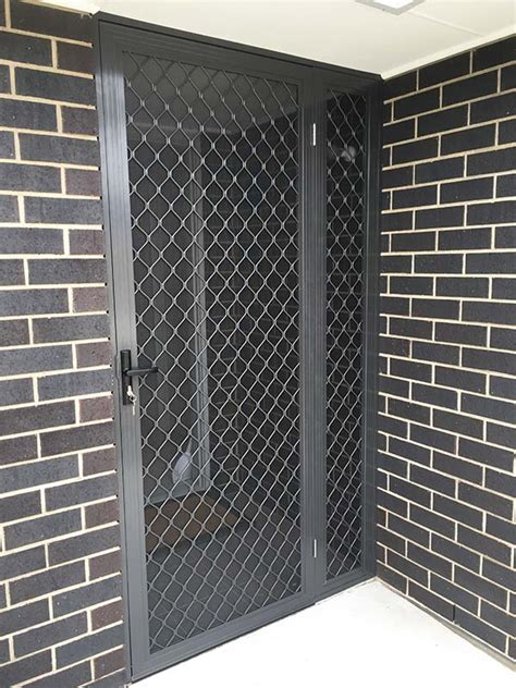 diamond grille security door  sidelight panel  close