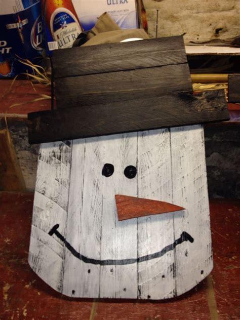 snowman   pallets pallet crafts