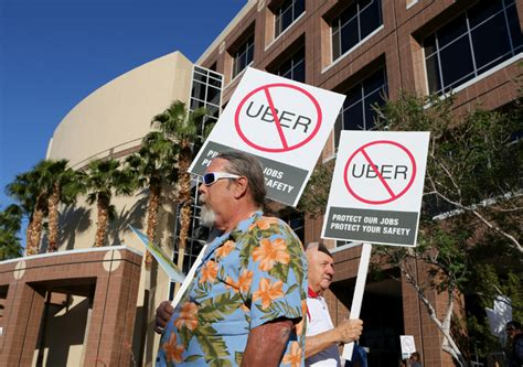 Union Taxi Drivers Plan Anti-uber Demonstration On Strip