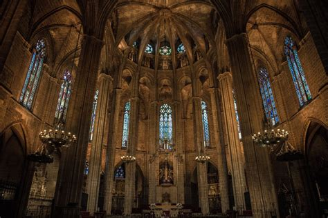 The Complete Self Guided Tour of Barcelona's Gothic ...