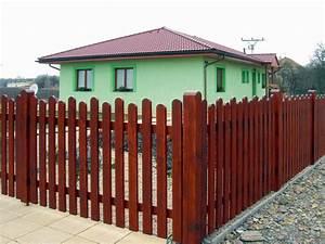 Dřevěné plaňky na plot