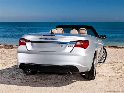 Chrysler Car : Chrysler 200 Convertible Buying Guide