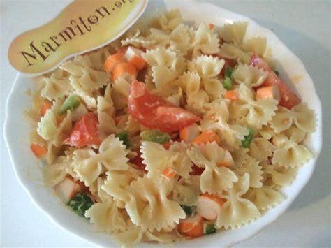 salade de pates chaude les 25 meilleures id 233 es concernant salade pates surimi sur surimi recette salade de
