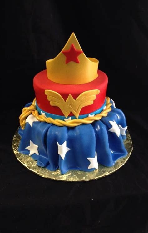 17 Best ideas about Wonder Woman Cake on Pinterest