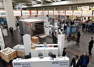 The latest woodworking technology will draw nearly 100,000