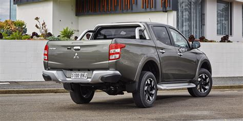 triton mitsubishi 2017 mitsubishi triton pricing and specs new models more