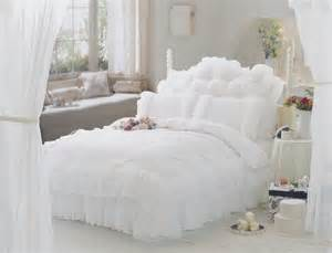 luxury snow white bedding sets queen king 4pcs lace ruffle bedspread princess comforter duvet